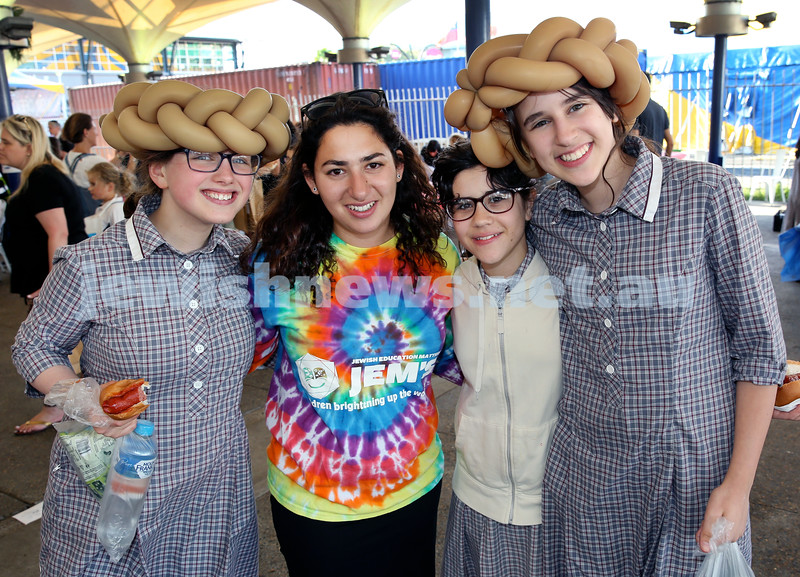 Combined OBK, JEMS, PJ Library Shabbat Project challah bake and activities at EQ. From left; Fraida Feldman, Chavi Lazarus, Hodaya Cochavi, Sarale Aber. Pic Noel Kessel