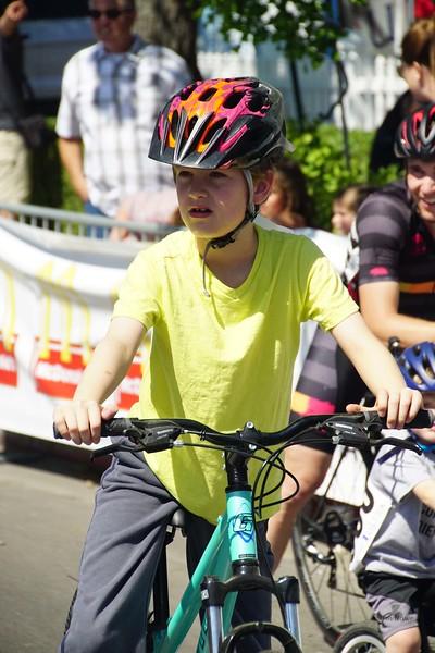 aff25f4ec Michelob ULTRA Sequoia Cycling Classic 2017 Kids Race - Jim Hawe ...