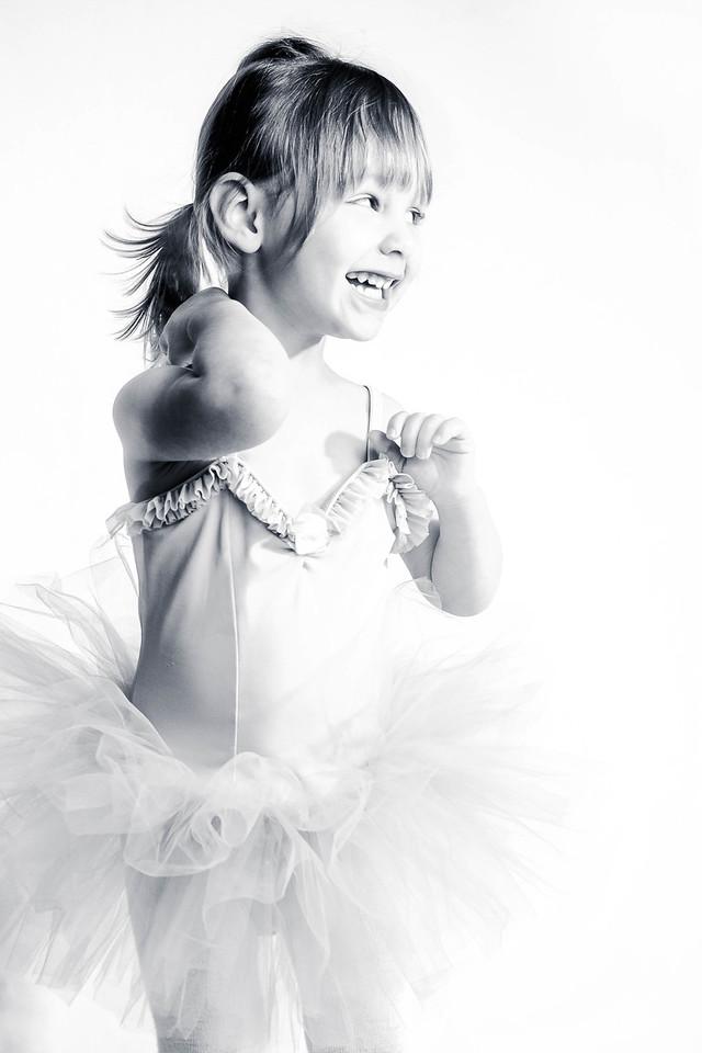 Grand Rapids, MI three year old ballerina girl