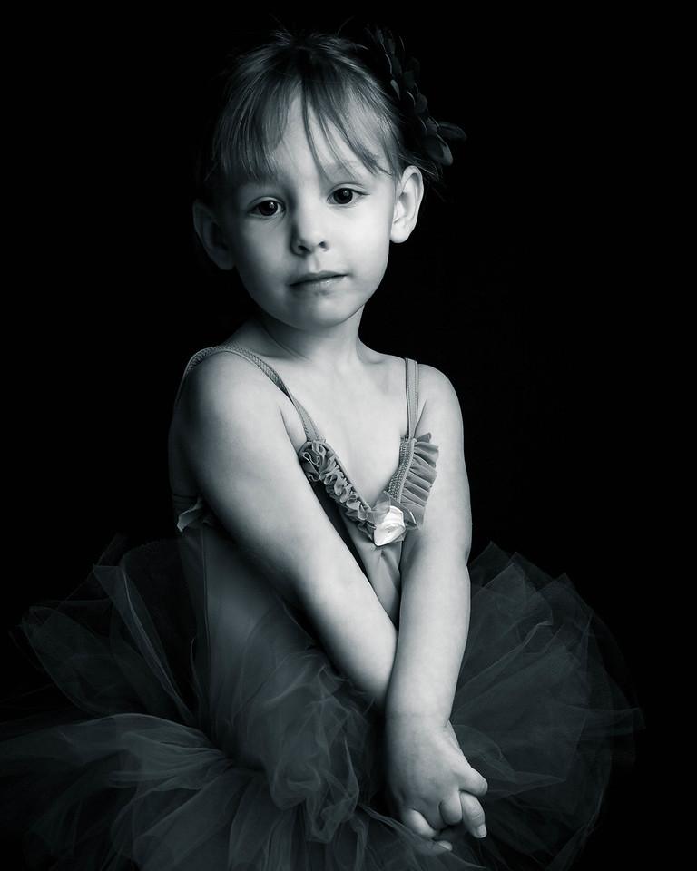 Grand Rapids, MI child ballerina photography