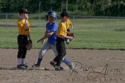 Duraclean Baseball 060110-0091