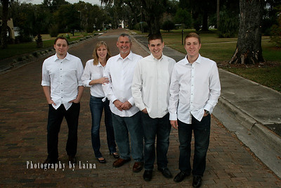 White Shirt Family Photoshoot at Price Park Dade City Florida; Laina Stafford; Photography by Laina; Dade City; Central Florida Family Photographer.