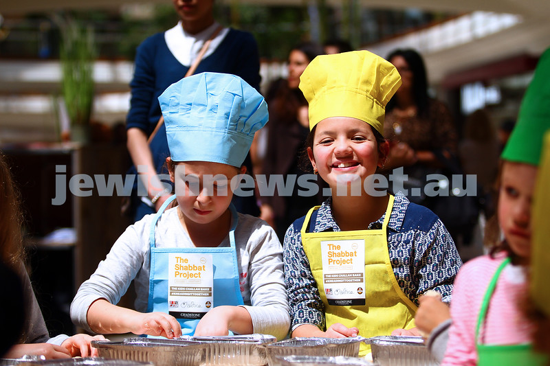 18-10-15. The Shabbat Project. Kids challah bake at Chadstone Shopping Centre. Ella Josefsberg (left) Tobi Hirschfield. Photo: Peter Haskin
