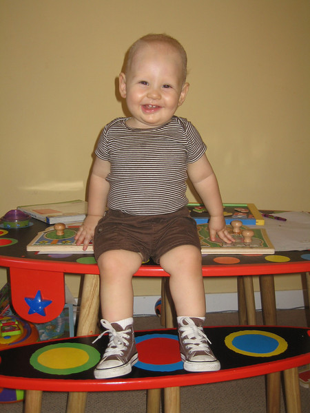 Getting ready to go to the park.  How do you like my Converse hi-tops?