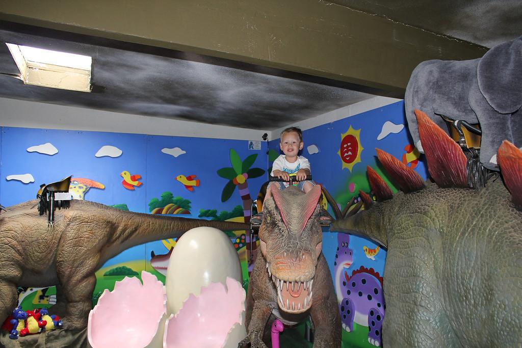 On Sunday Morning we went to Cabazon - Sam got to ride a dinosaur!!