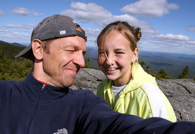 Anna & Bobby hike up Mount Hunger (3539 ft / 1079 m).
