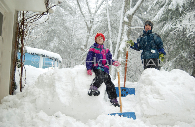 L&T_in_snow3_05-04