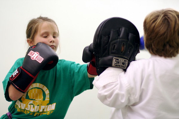 Cortney working her Jab