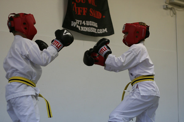 Sparring.