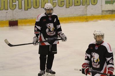 Белые Медведи-1999 (Челябинск) - Авангард-1999 (Омск) 3:6. 22 ноября 2014