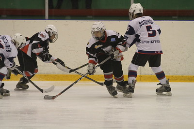 Белые Медведи-2000 (Челябинск) - Южный Урал-2000 (Орск) 7:1. 9 декабря 2012