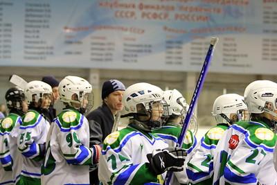 Белые Медведи-2000 (Челябинск) - Салават Юлаев-2000 (Уфа) 1:4. 8 ноября 2011