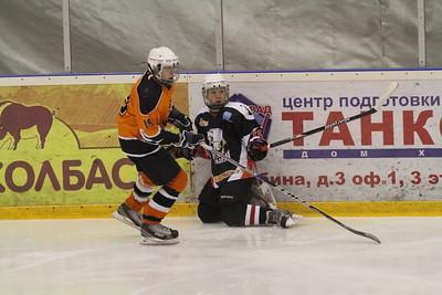 Белые Медведи-2000 (Челябинск) - Молот-2000 (Пермь) 2:5. 15 февраля 2014