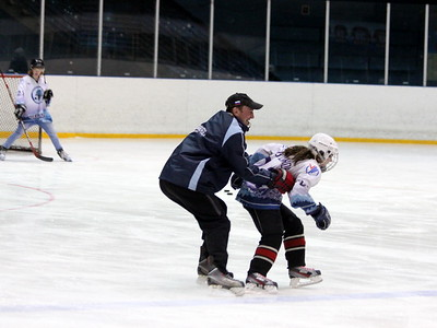 Команда девочек хоккейной школы имени Сергея Макарова (Челябинск)