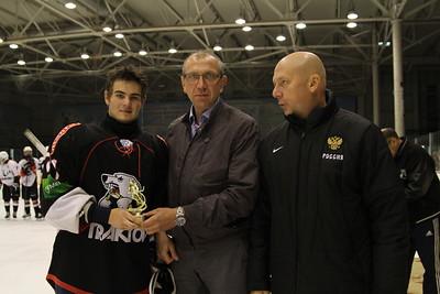 Награждение после турнира памяти Александра Калянина. 9 августа 2015