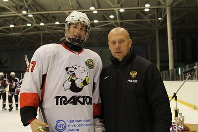 Матвей Тостоган - лучший защитник турнира, вместе с Вячеславом Угрюмовым