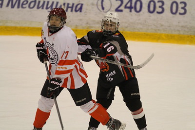 В Челябинске прошёл первый игровой день второго этапа Спартакиады молодёжи России по хоккею среди команд 1999-2000 годов рождения.