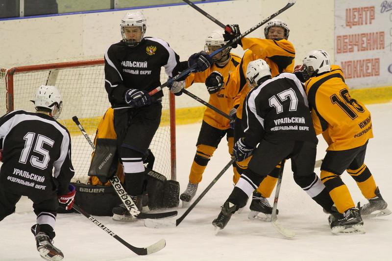 Восьмого ноября в Челябинске состоялись очередные три матча в рамках первенства федеральных округов среди команд 2001-го года рождения.