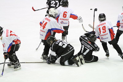 Школа Макарова-2004 (Челябинск) - Сигнал-2004 (Челябинск) 19:1. 16 марта 2013