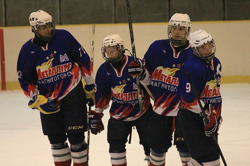 В Челябинске продолжается турнир, посвященный памяти Александра Калянина, погибшего в авиакатастрофе вместе с командой Локомотив Ярославль в 2011-м году.