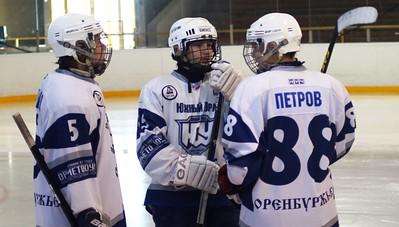 Металлург-1998 (Магнитогорск) - Южный Урал-1998 (Орск) 11:1. 12 декабря 2013