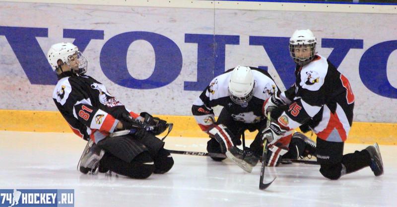 Трактор-1995 (Челябинск) - Салават Юлаев-1995 (Уфа) 4:3. 10 декабря 2011