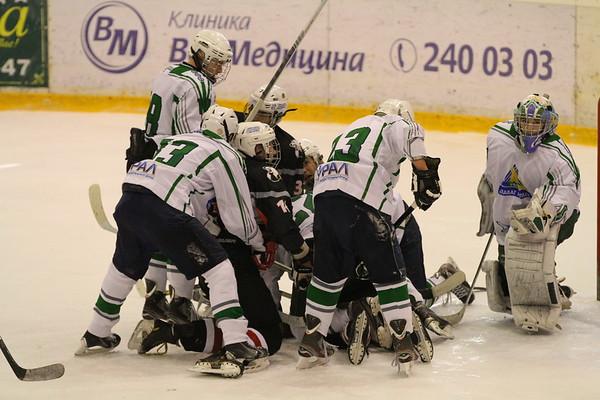 Трактор-1997 (Челябинск) - Салават Юлаев-1997 (Уфа) 3:4. 27 октября 2013