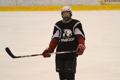 Нападающий команды Трактор 1997 года рождения Юрий Могильников рассказал в интервью 74hockey.ru о выступлении своей команды в финальном турнире чемпионата России