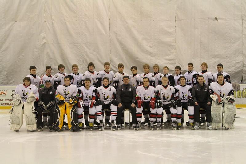 Главный тренер команды Трактор 1997 года рождения Борис Самусик определил состав команды, которая будет играть в финале чемпионата России.