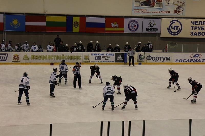 Команда Трактор 1998-го года рождения выиграла по буллитам у Югры-ЮКИОР из Ханты-Мансийска со счётом 4:3.