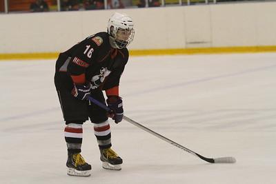 Независимый скаут Владимир Ткаченко составил рейтинг хоккеистов 1999-го года рождения в регионе Урал - Западная Сибирь по итогам сезона 2014-2015 годов.