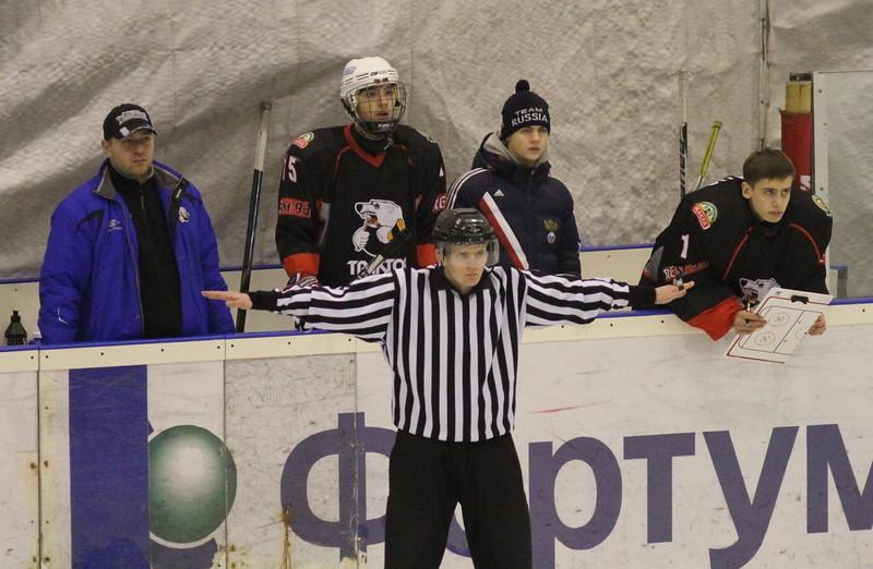 Тренер команды Трактор 1999 года рождения Константин Соколка прокомментировал в интервью 74hockey.ru матчи своей команды против омского Авангарда.