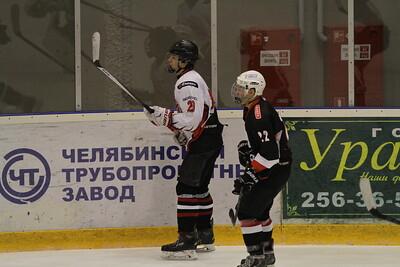 Трактор-1999 (Челябинск) - Авангард-1999 (Омск) 5:2. 28 ноября 2015