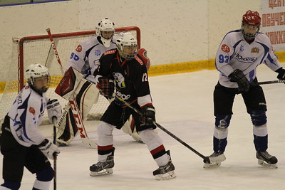 Команда Трактор 1999-го года рождения дважды обыграла Юность из Екатеринбурга в чемпионате России.