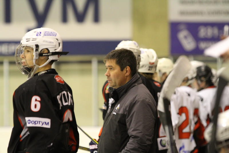 Главный тренер команды Трактор 2000-го года рождения Борис Самусик рассказал в интервью 74hockey.ru об играх своей команды против омского Авангарда в чемпионате России.