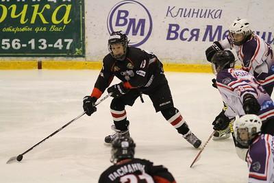 Трактор-2000 (Челябинск) - Школа Макарова-2000 (Челябинск)  11:5. 29 декабря 2013