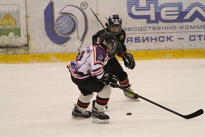 Трактор-2000 (Челябинск) - Школа Макарова-2000 (Челябинск) 7:3. 28 декабря 2013