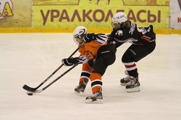 Трактор-2001 (Челябинск) - Молот-2001 (Пермь) 4:0. 12 января 2014