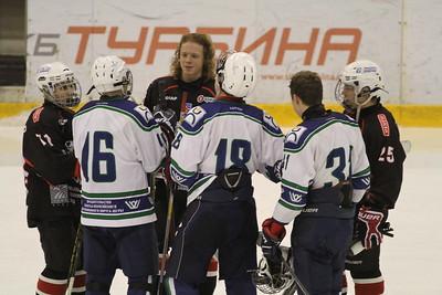 Независимый скаут Владимир Ткаченко составил рейтинг хоккеистов 2001-го года рождения в регионе Урал - Западная Сибирь по состоянию на 23 марта 2016-го года.