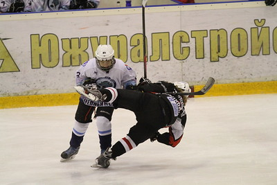 Трактор-2001 (Челябинск) - Школа Макарова-2001 (Челябинск) 9:3. 29 декабря 2013