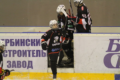 Трактор-2002 (Челябинск) - Торос-2002 (Нефтекамск) 9:2. 14 ноября 2015