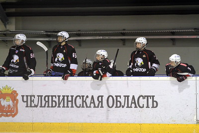 Трактор-2002 (Челябинск) - Югра-Юкиор-2002 (Ханты-Мансийск) 5:1. 9 января 2016