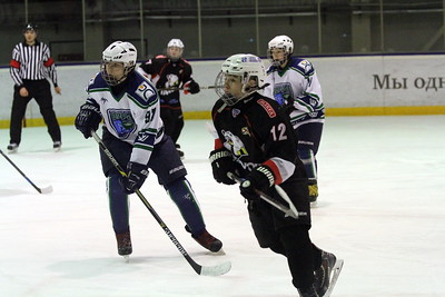 Команда Трактор 2002-го года рождения выиграла у себя дома со счётом 5:1 у Югры-Юкиор из Ханты-Мансийска в матче чемпионата России.