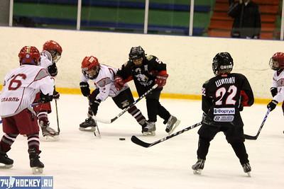 Трактор-2004 (Челябинск) - Локомотив-2004 (Ярославль) 10:3. 18 апреля 2012