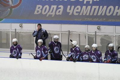 Школа Макарова-1998 (Челябинск) - Газовик-1998 (Тюмень) 2:8. 16 декабря 2012
