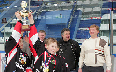 Межрегиональный турнир по хоккею на приз А.П. Вахрина. Тюмень, апреля 2015