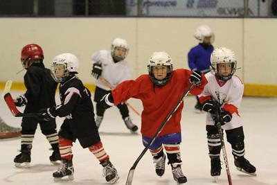 Хоккейная школа Трактор Челябинск объявляет набор мальчиков 2008-го года рождения.
