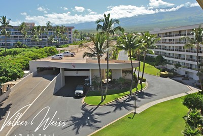 "Maui Banyan G502 in Kihei, Maui, Hawaii. Research all Kihei Condos for sale, including Maui Banyan in South Maui, by visiting the superior website from VWonMaui. ""VW"" is Volker Weiss, the Maui Real Estate Agent focusing on the South Maui resort areas of Kihei, Wailea and Makena."