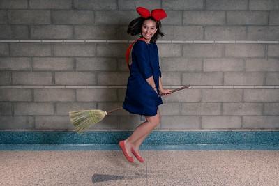2016-10-30 - Kiki by Katscosplay at LA Comic Con