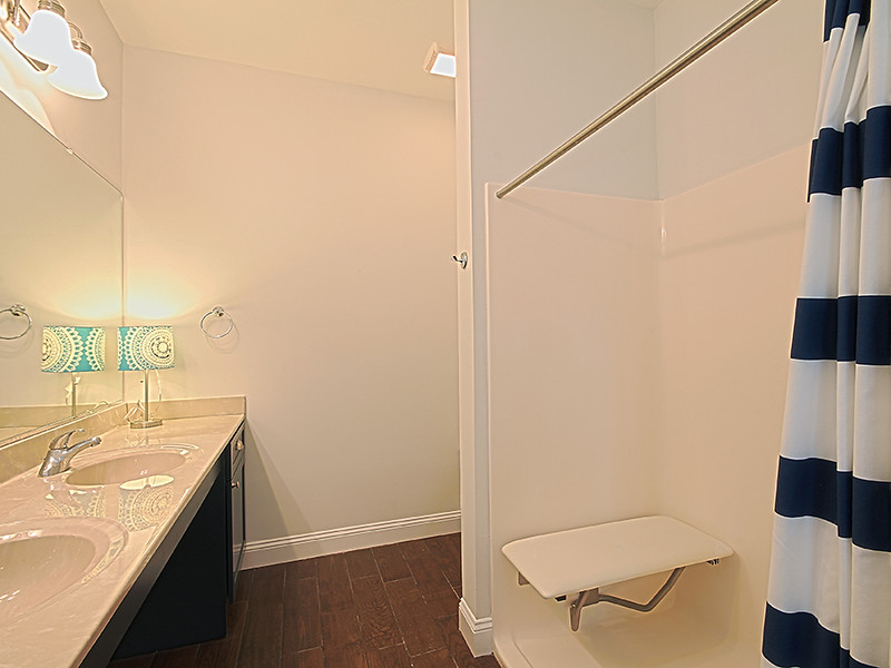 Handicap-Friendly Queen Master Bathroom